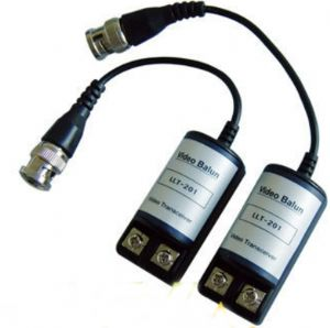 Pair of bnc passive video baluns for cctv camera on a cat5 cable
